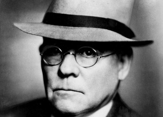 Edgar Lee Master, Trainor il farmacista